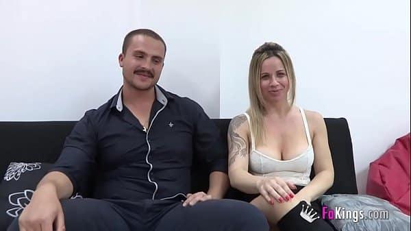 Pareja madura tienen sexo por dinero en su primer video casero español